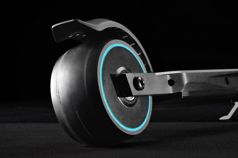 Read more about the article NEUER Elektro-Micro-Scooter